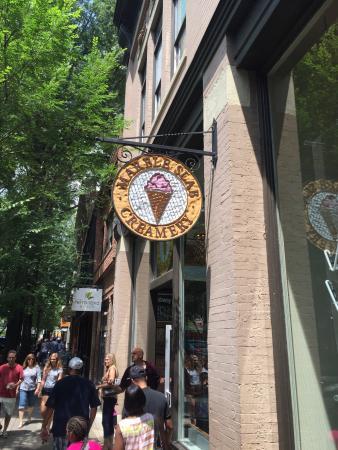 Marble Slab Creamery, Greenville - Restaurant Reviews ...