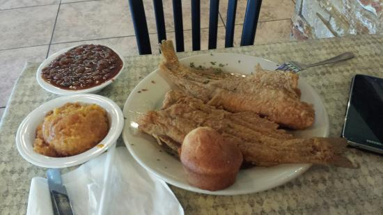 This Is It! BBQ & Seafood Camp Creek Full: Good portion & good food.