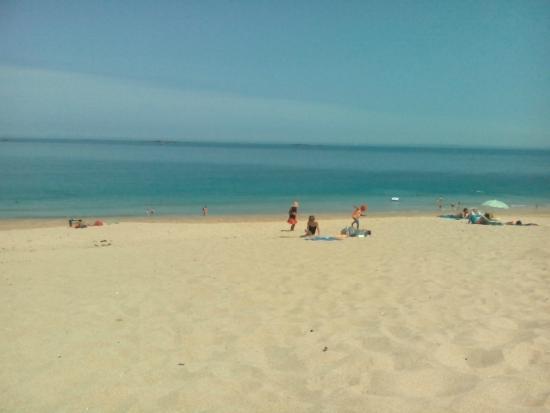 Saint-Coulomb, Франция: plage de la Touesse