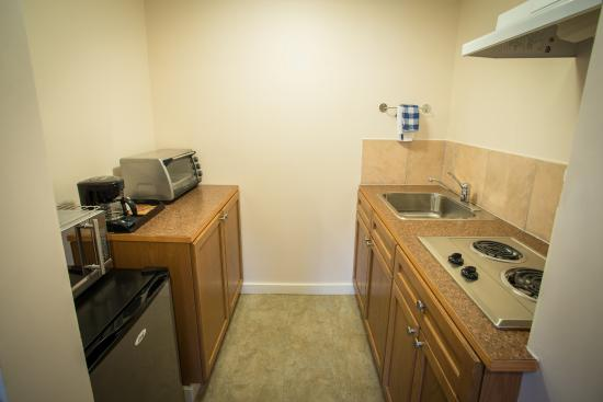 Villa Motel: One Bed Kitchenette