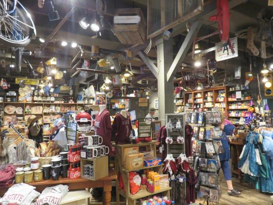Cracker Barrel Gift Shop Picture Of Cracker Barrel Old