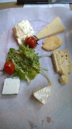 AOC 84: Cheese platter