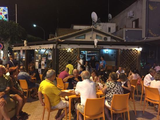 Oliveri, Italija: Birreria Gibby