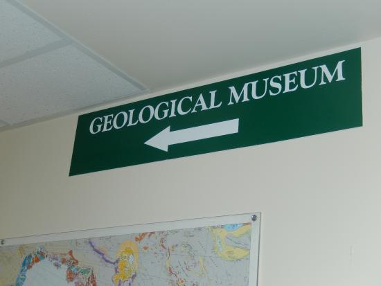 University of Wyoming Geological Museum: Museum Sign