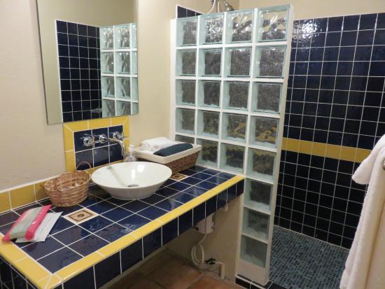 Bamboleo Inn: Wonderful Bath