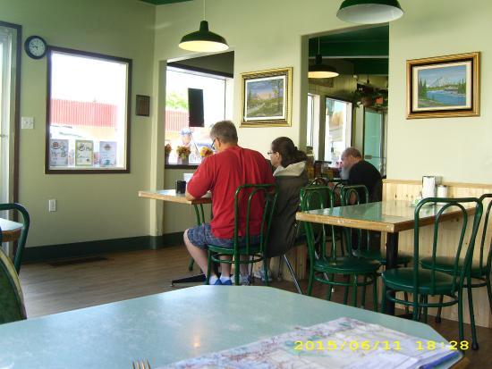 K-Cafe: Gaststube 3