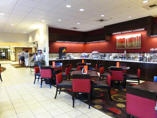 Comfort Inn Shelby: View of breakfast area (1)