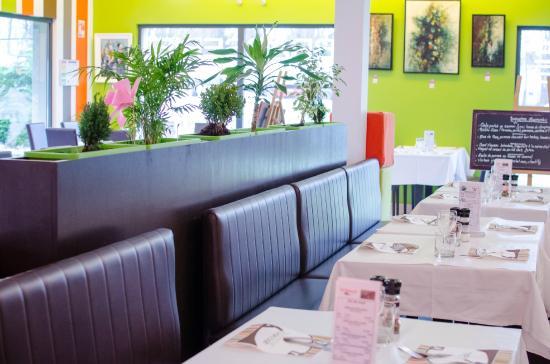 Bucheres, Francia: du nouveau !! les banquettes