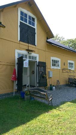 Gula Stallet Butik & Kafé