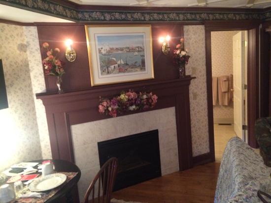 The Polly Harper Inn Photo
