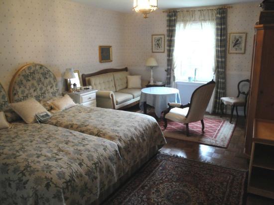 Theresa's Garden: La Dolce Vita Room - Excellent!