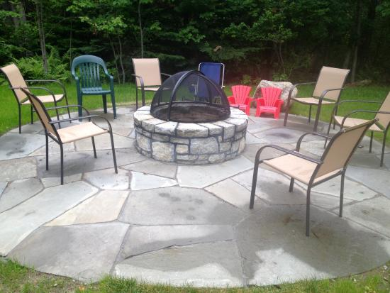 Acadia Cottages: Fire ring