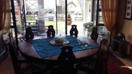 Cycads on Sea Guesthouse: Dining Room