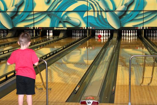 Playdrome Lanes