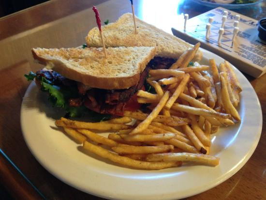 Morgan's Country Kitchen: BLT