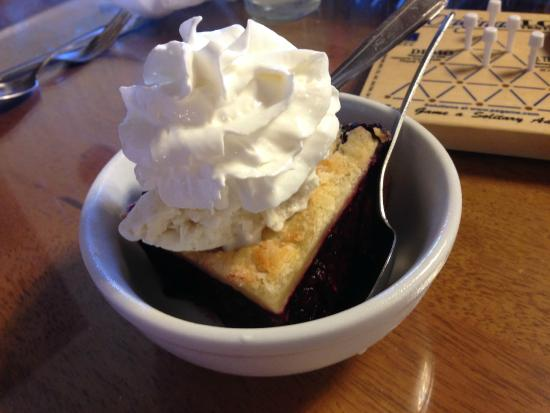 Morgan's Country Kitchen: Marionberry cobbler