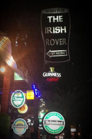 The Irish Rover: Вывеска