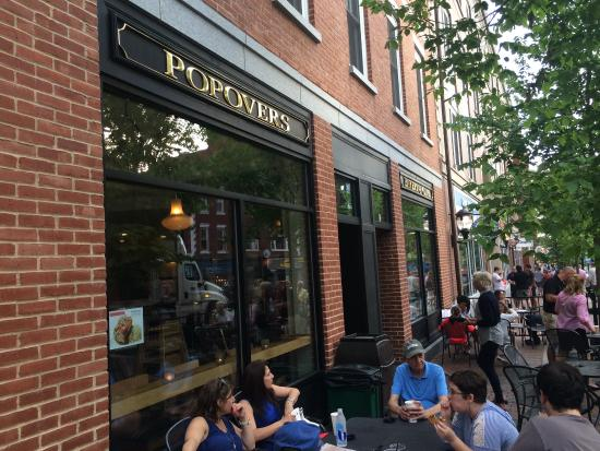 Popovers On The Square : Patio