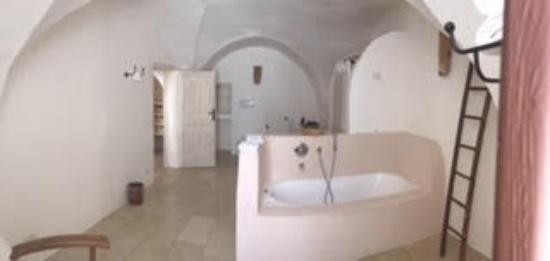 Borgo San Marco : Bathtime
