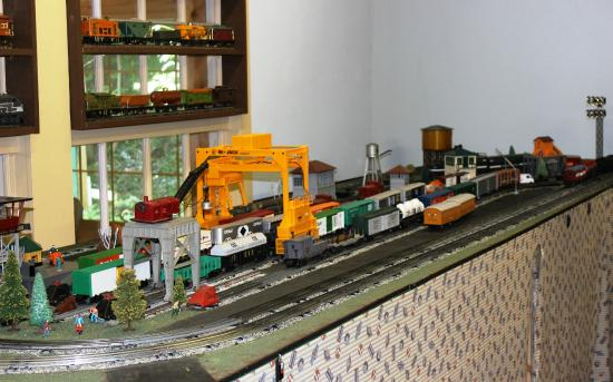 The Right Track Toy Train Museum: .