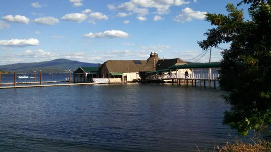 Cedars Floating Restaurant The On Lake