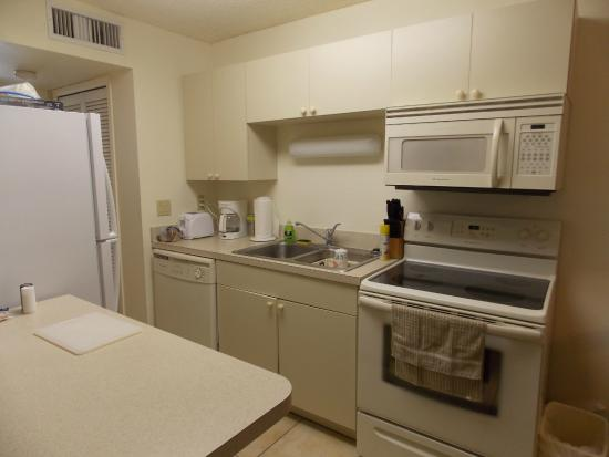 Windward Passage Resort: Kitchen