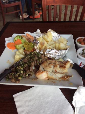 arnie's Diner & Grill