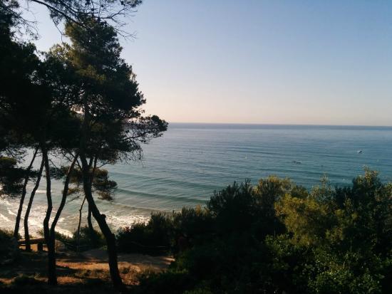 Llarga Beach: Пляж Ларга