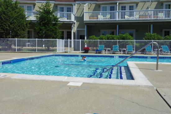 Sag Harbor Inn: Swimming Pool