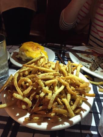 Gibsons Bar & Steakhouse Photo