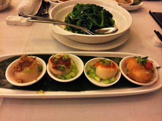 Choi's: Steamed Scallops in Four Tastes and Stir-fried Green Pea Sprouts