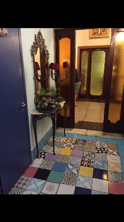 Locanda Il Mascherino: Beautiful tiled floor to my bedroom