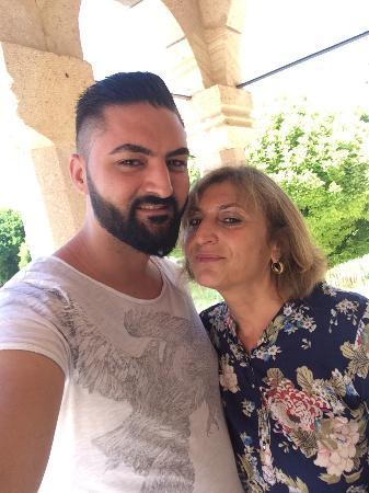 Hotel Kral : Vor dem Hotel mit meiner Tante :)