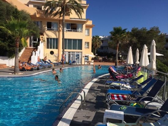 Ses Casas de Cala Ferrera : Nice pool
