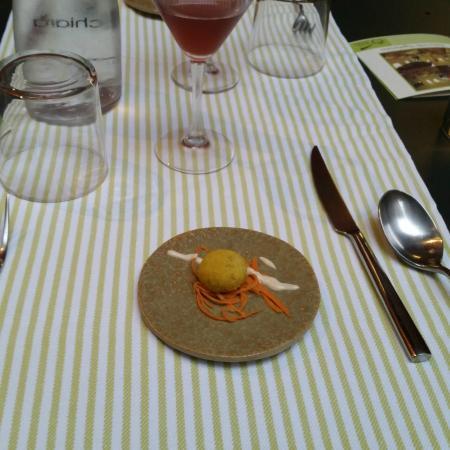 Oliva taggiasca con miso e bicchiere di sangria bild - La cucina di giuditta ...