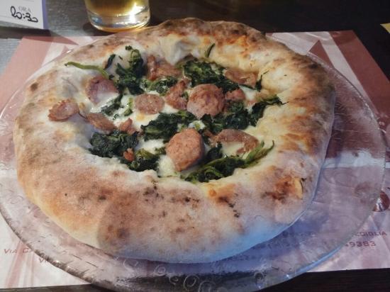 Mazzo di fiori - Foto di Pizzeria La Terrazza, Mediglia - TripAdvisor