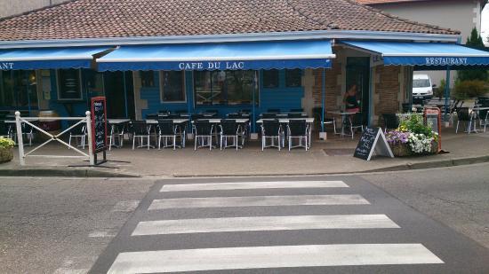 Le Cafe Du Lac