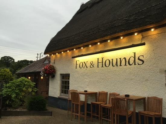 Pub - Picture of Fox and Hounds, Wimborne - TripAdvisor