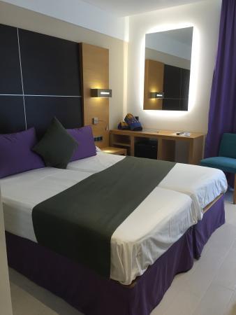 Aparthotel & Hotel Isla de Cabrera Photo