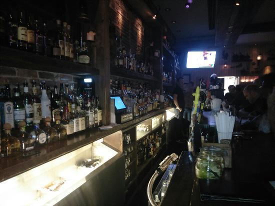 Alfie 39 s craft beer bar picture of alfie 39 s craft beer bar for Craft beer bars new york