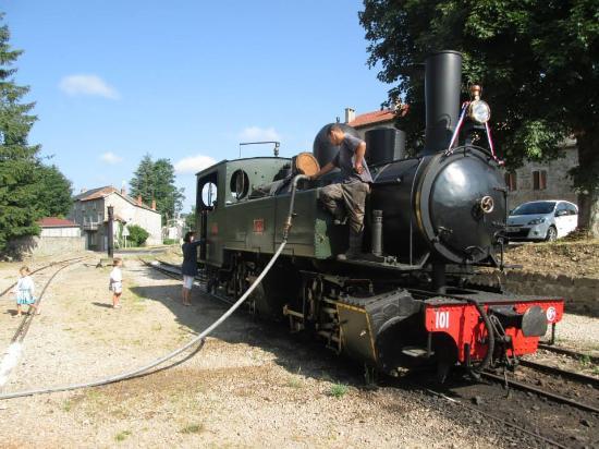 Velay Express