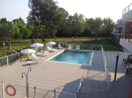 Appart 39 city cannes mandelieu foto di comfort suites for Appart city
