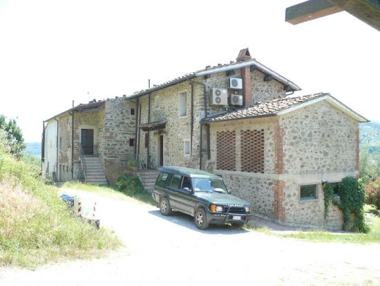 Agriturismo I Pitti: The rear of the property.