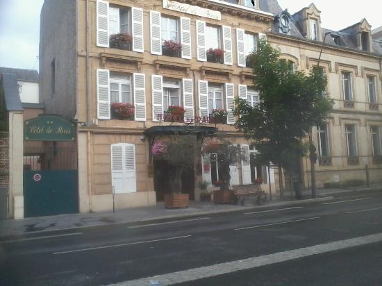 Hotel de Paris: facade de l hotel