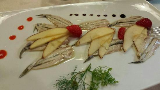 Antico Petronia: alici marinate