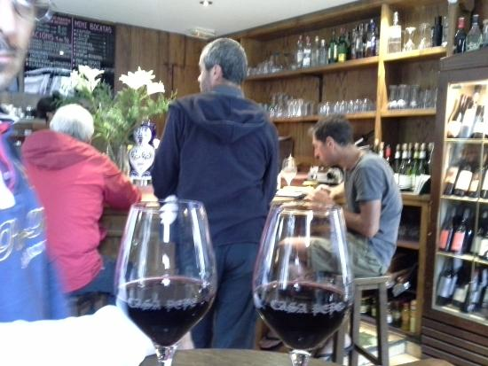Casa Pepe: small cozy tavern with locals