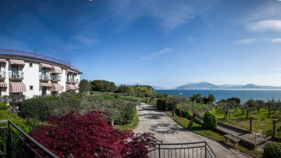 Photo of Hotel Mon Repos Sirmione