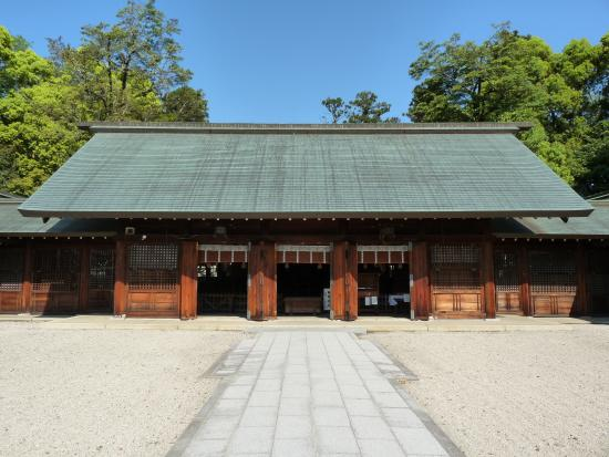 ‪Shiga Prefecture Gokoku Shrine‬
