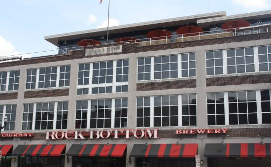 Rock Bottom Restaurant & Brewery: Rock Bottom