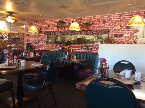 Country Junction Family Style Restaurant: Inside The Country Junction  Restaurant